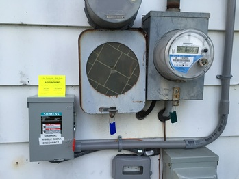 Solar disconnect and bidirectional meter