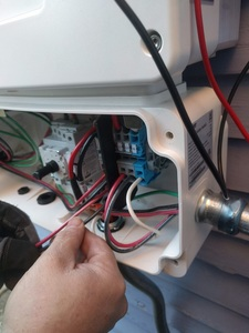 Wiring the inverter