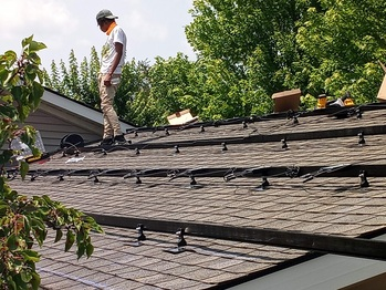 Rails and optimizers on lower roof
