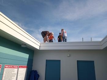 Assembling rack on the roof